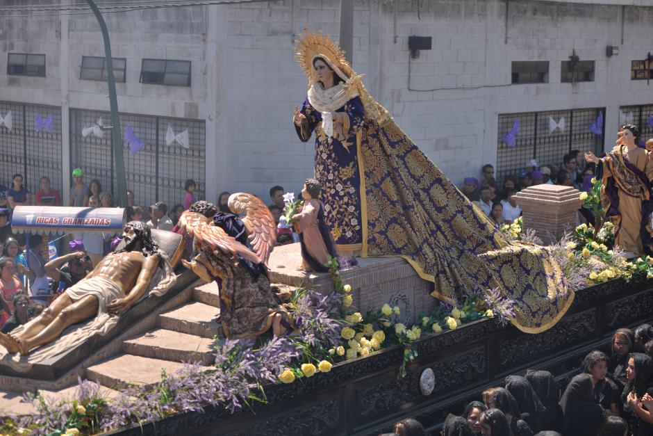 Vista del anda de la Virgen de Dolores de la iglesia La Merced. (Foto: Wilder López/Soy502)