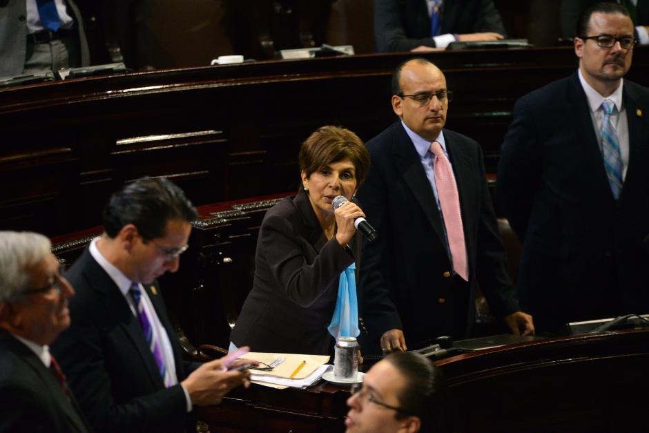 La diputada Nineth Montenegro razonó su voto agradeciendo el apoyo de las diversas bancadas que trabajaron para aprobar la ley. (Foto: Wilder López/Soy502)