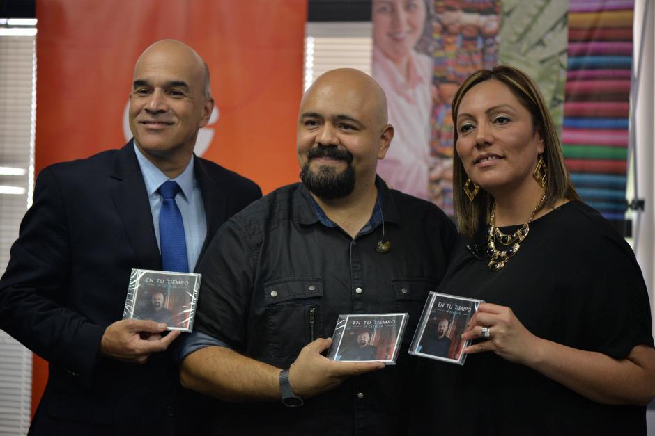 Juan Pablo Castillo estrenó su álbum. (Foto: Wilder López/Soy502)