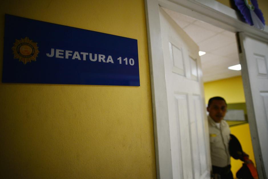 Una de las unidades del 110 se encuentra en la Dirección General de la PNC y la otra oficina en la zona 13. (Foto: Wilder López/Soy502)