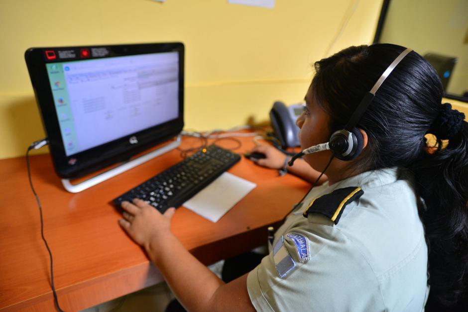 Alrededor de 40 personas trabajan por cada turno en la línea 110. (Foto: Wilder López/Soy502)