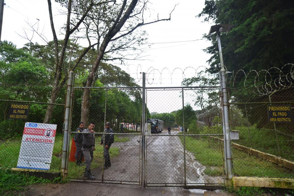 """Esta es la entrada principal a al sector """"A"""", donde está habilitado el centro carcelario de Mariscal Zavala. (Foto: Wilder López/Soy502)"""
