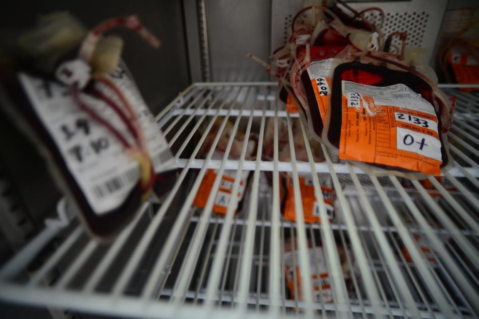 El banco de sangre del hospital cuenta con pocas bolsas y estas son utilizadas solamente en casos muy necesarios. (Foto: Wilder López/Soy502)