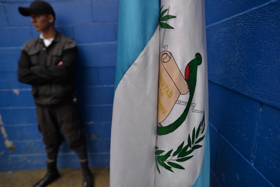 """Unos 36 """"monitores"""" se encargan de vigilar a los menores de edad. (Foto: Wilder López/Soy502)"""