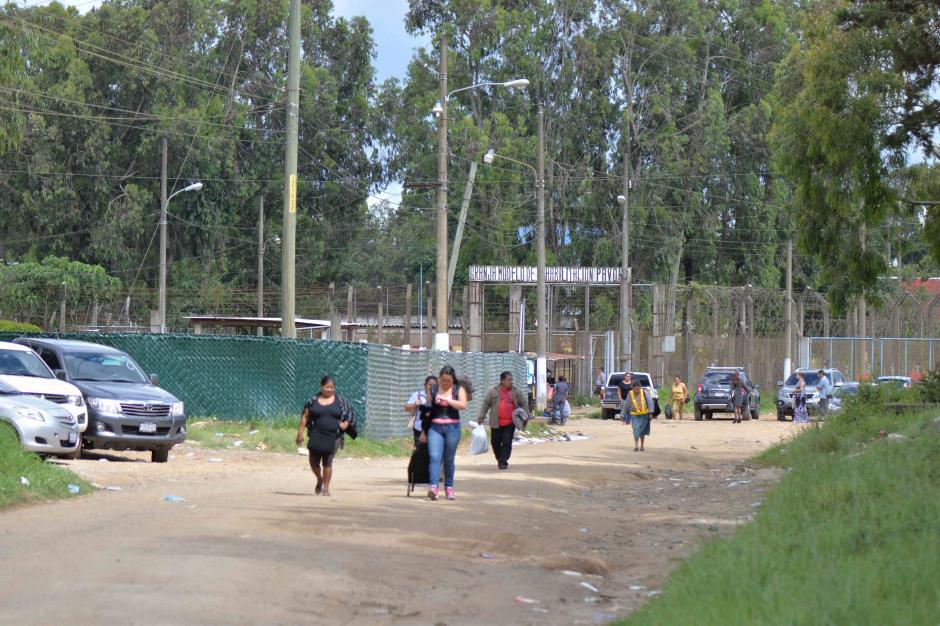 Las personas no pudieron ingresar. (Foto: Wilder López/Soy502)