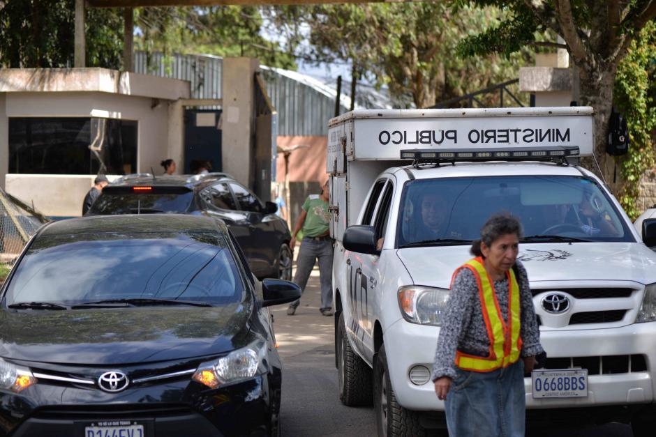 Se incorporaron, en apoyo a los agentes del Sistema Penitenciario, unidades de la policía y el ejército. (Foto: Wilder López/Soy502)