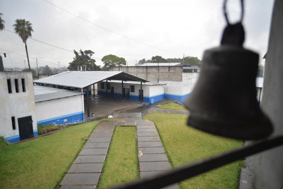 La campana suena a las 5 de la mañana. (Foto: Wilder López/Soy502)