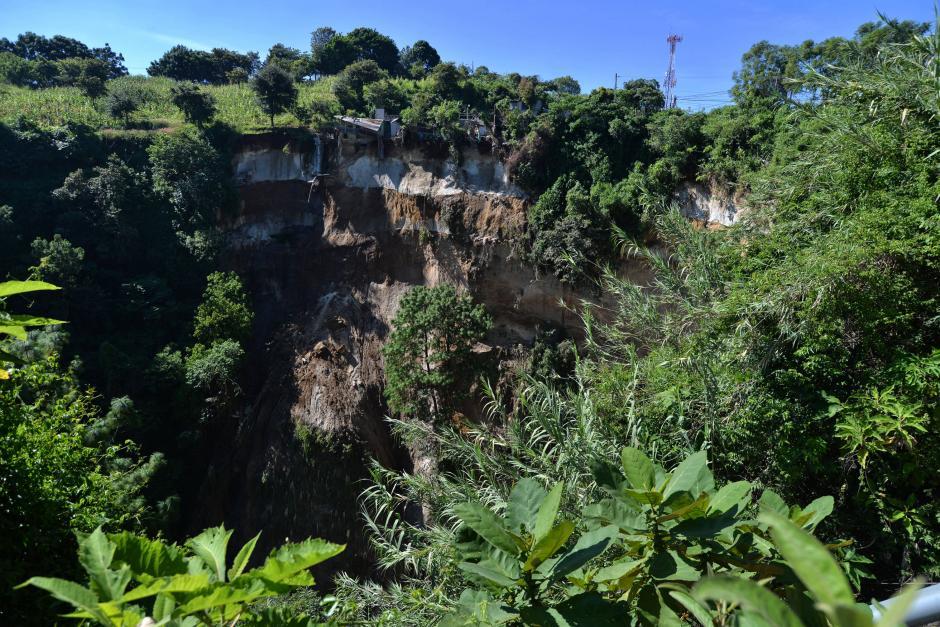 Tres de los cinco vecinos desalojados son de la tercera edad y no saben a dónde ir. (Foto: Wilder López/Soy502)