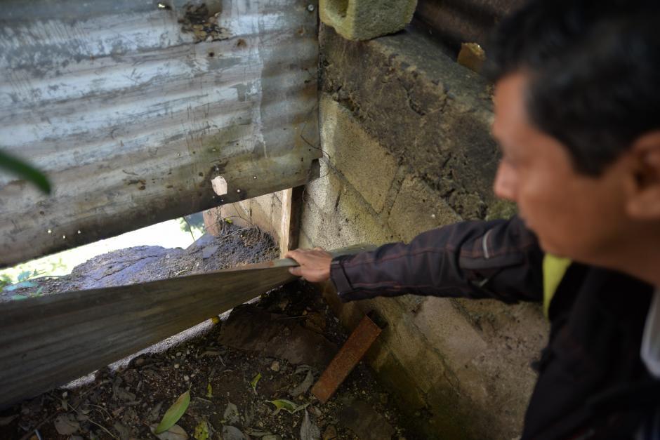 Este es el patio trasero de una de las casas que se encuentra en el área afectada. (Foto: Wilder López/Soy502)