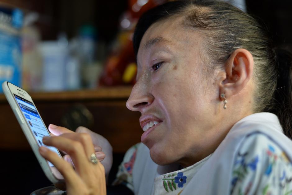 Quien desee hacerle un pedido puede contactarla con un mensaje a través de su cuenta de Facebook. (Foto: Wilder López/Soy502)