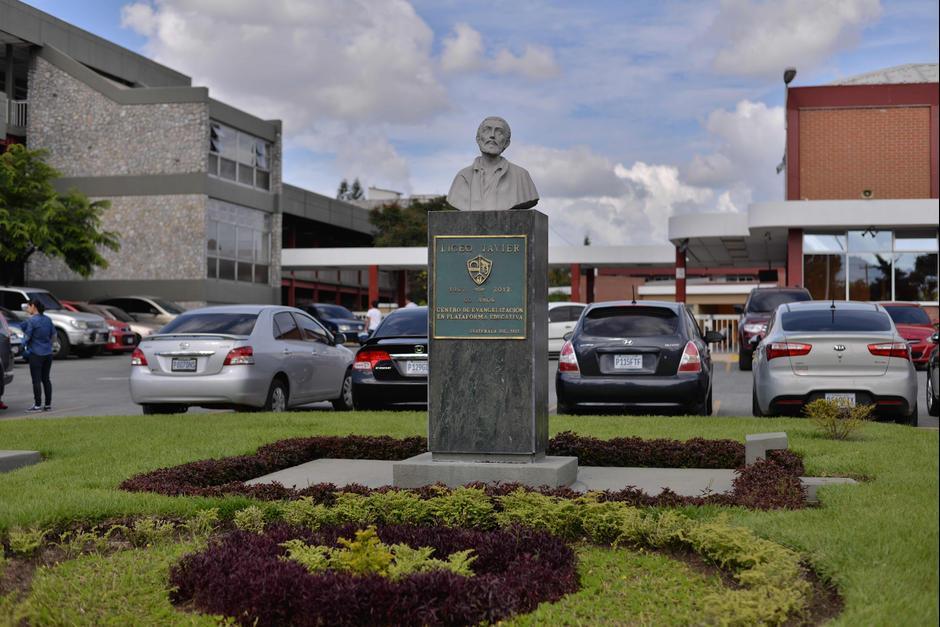 """El Liceo Javier asegura que el director se presentó tras ser objeto de """"seguimiento policial sospechoso"""". (Foto: Archivo/Soy502)"""