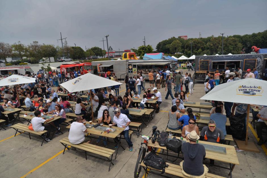 El evento de foodtrucks se llevó a cabo por segunda ocasión. (Foto: Wilder López/Soy502)