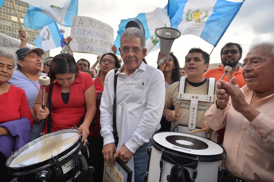 La batucada le hizo porras al juez Gálvez. (Foto: Wilder López/Soy502)