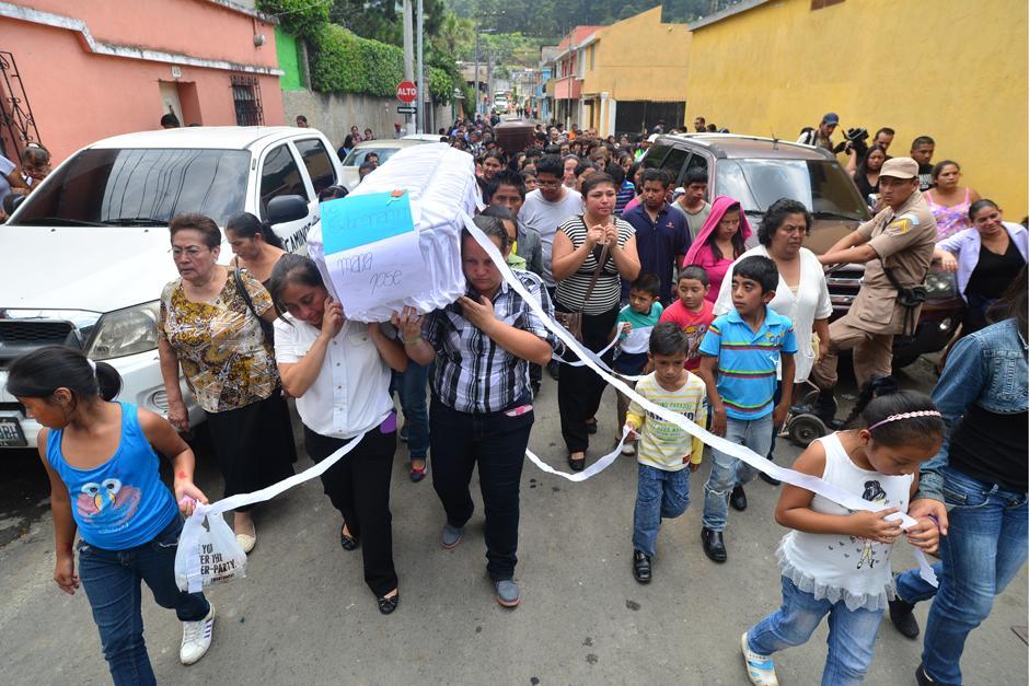 María José Estrada Castro de 10 años de edad, una de las tantas víctimas inocentes del alud.(Foto: Alejandro Balan/Soy502)