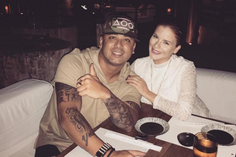 El reggaetonero ya tiene dos hijos con su esposa Yomaira Ortiz. (Foto: Instagram)