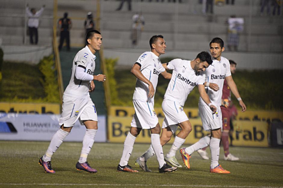 Tinoco abrió el marcador durante el segundo tiempo del juego. (Foto: José Dávila/Soy502)