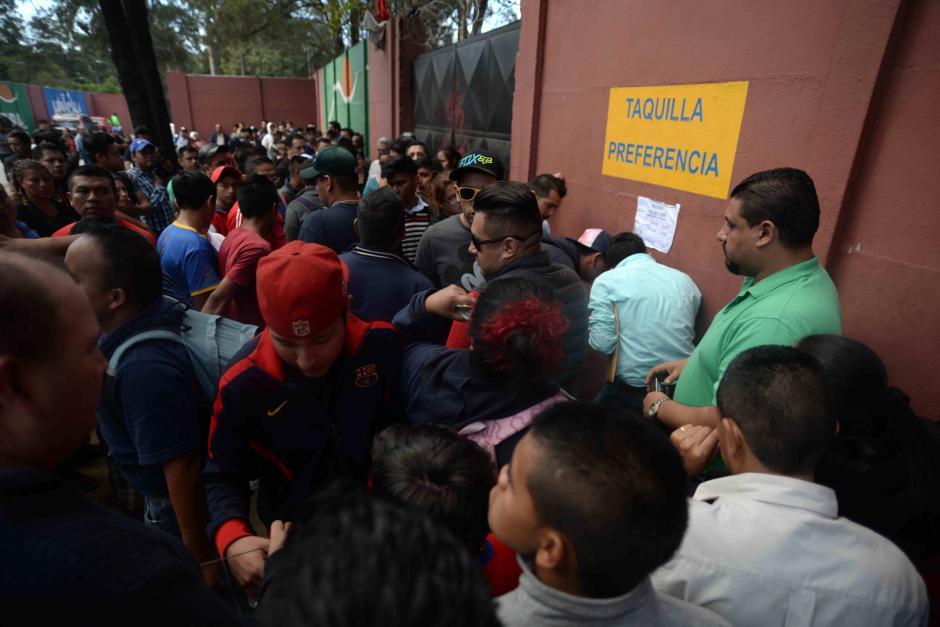 El partido de vuelta es el domingo a las 11 de la mañana en el estadio Doroteo Guamuch Flores. (Foto: Wilder López/Soy502)
