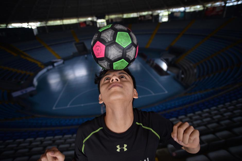 El Flaco, como lo conocen en el futsal guatemalteco, jugará como profesional en Costa Rica.  (Foto: Wilder López/Soy502)