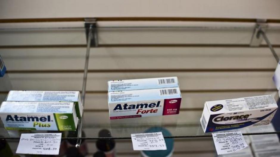 Otro de los aspectos que afecta a los venezolanos es la falta de medicamentos. (Foto: www.infobae.com)