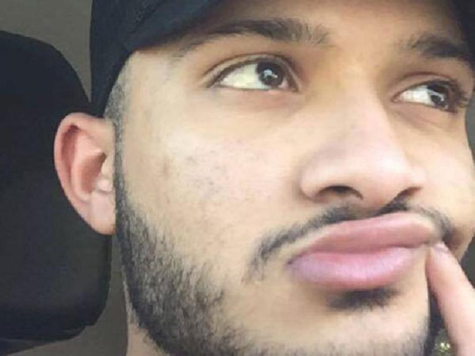 Omar Moujalled debía estar en su graduación, pero fue velado en una mezquita de Melbourne. (Foto: Infobae)