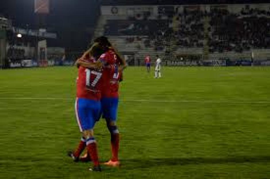 Junior Andrade anotó al minuto 33 el único gol del juego. (Foto: Nuestro Diario)