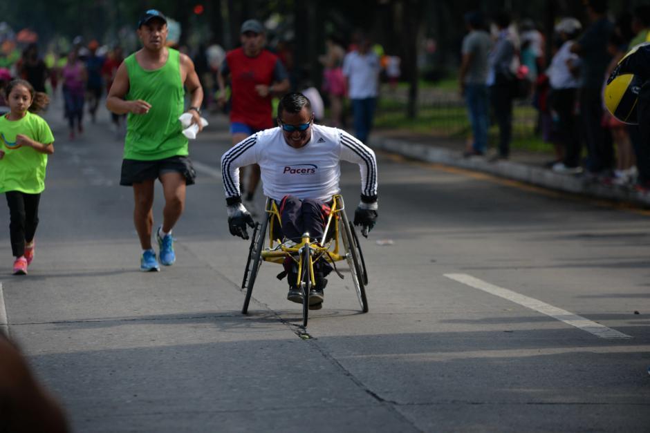 Atletas con capacidades especiales también fueron parte de la carrera. (Foto: Wilder López/Soy502)