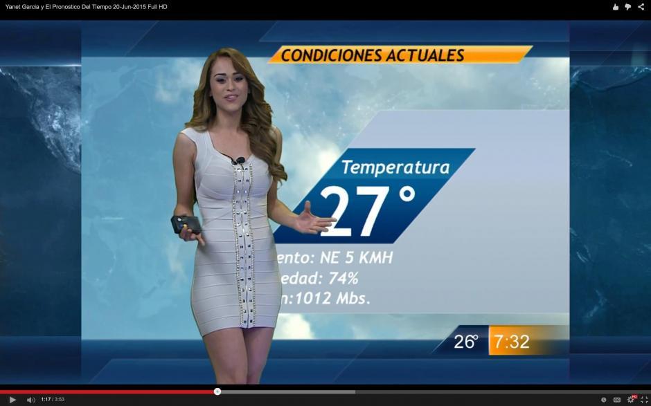 Yanet García se hizo famosa en su país por sus reportes del clima y su belleza.