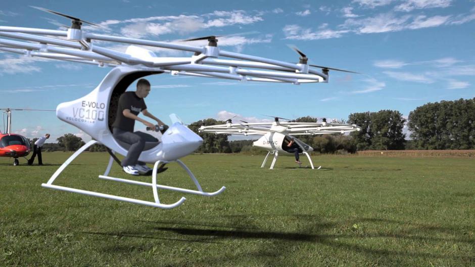Su fabricación costó unos 5.4 millones de dólares y puede volar a una velocidad máxima de 70 kilómetros por hora. (Foto: YouTube)