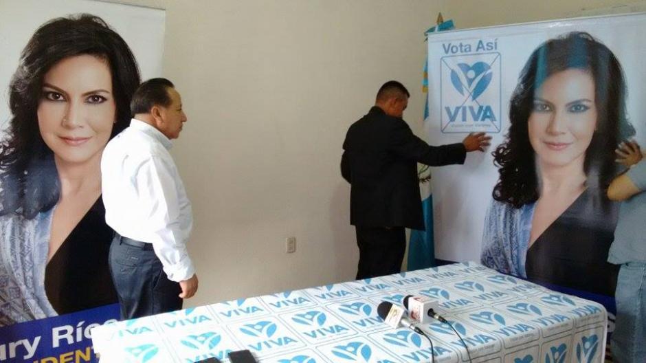 Momentos previos a la conferencia de prensa que Zury Ríos brindó esta tarde. (Foto: Wilder López/Soy502)