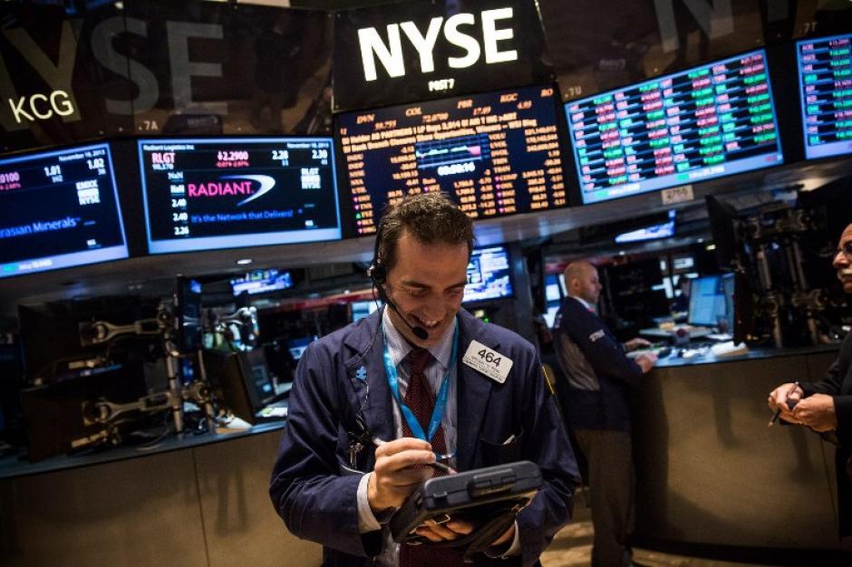 Dow Jones alcanza nuevo récord en Nueva York