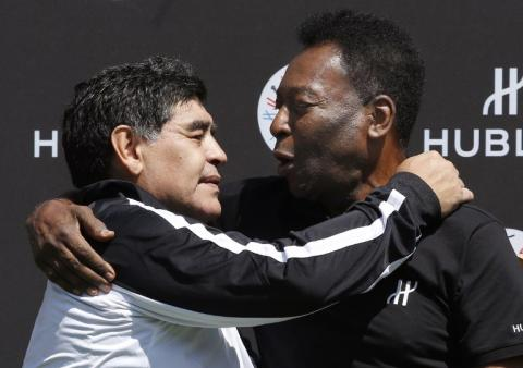 Maradona y Pelé hacen las paces