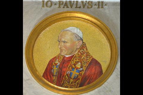 Juan Pablo II, santo por aclamación popular