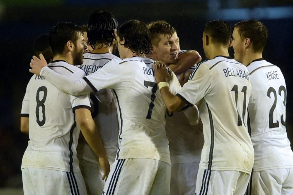 Alemania derrota a España en Balaídos con un gol de Kroos