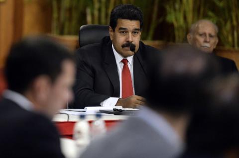 Maduro cumplió un año como presidente de una Venezuela en crisis