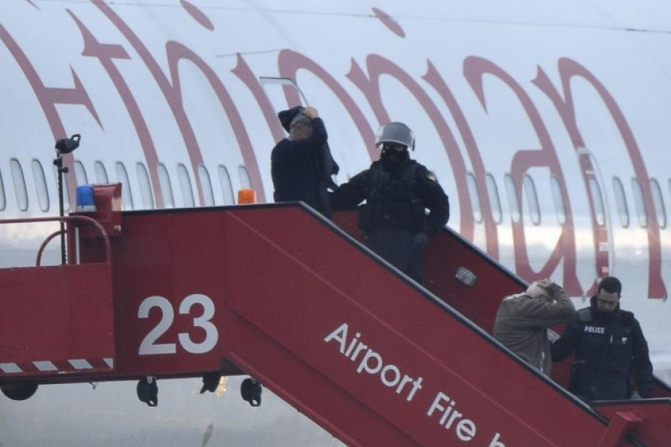 Un etíope secuestra un avión para pedir asilo político en Suiza