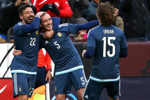 El Salvador cayó 2-0 ante Argentina, en un juego sin Lionel Messi