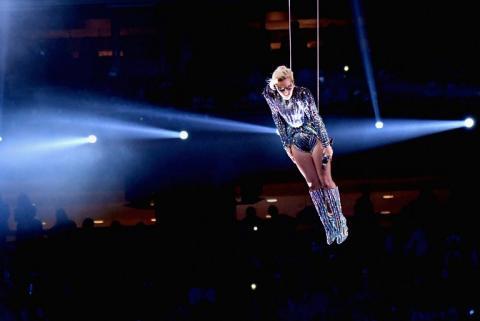 Lady Gaga engañó a todos durante su presentación en el Super Bowl