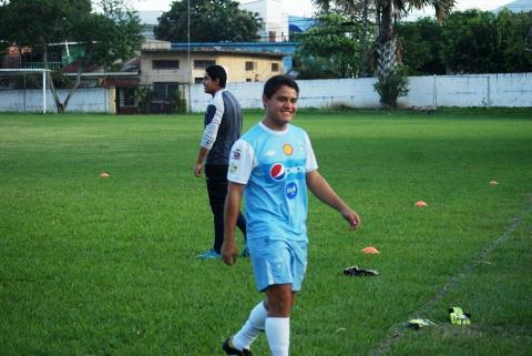 Municipal ficha al talentoso jugador que defendió sus derechos