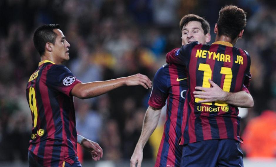 El Barcelona doblega al Milan y sella su pase a octavos de final