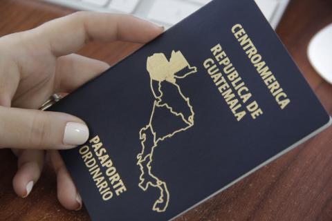 ¿Cuándo se normalizará el trámite de los pasaportes?