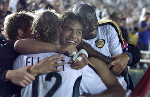 """LA Galaxy rinde emotivo homenaje a Carlos """"el Pescado"""" Ruiz"""