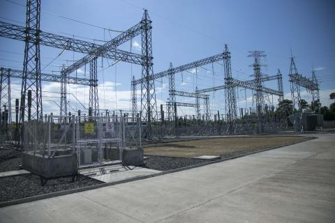 Se inauguran dos planes de expansión de energía
