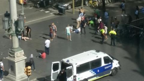 Estas son las imágenes del atentado terrorista en Barcelona