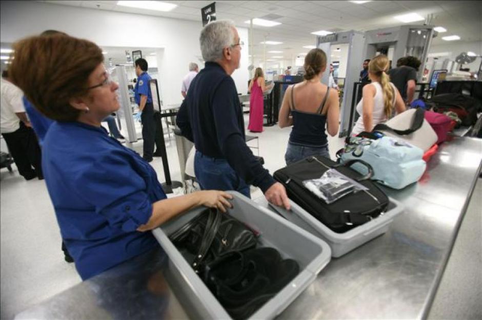 Así puedes pasar la seguridad de los aeropuertos con tus joyas puestas