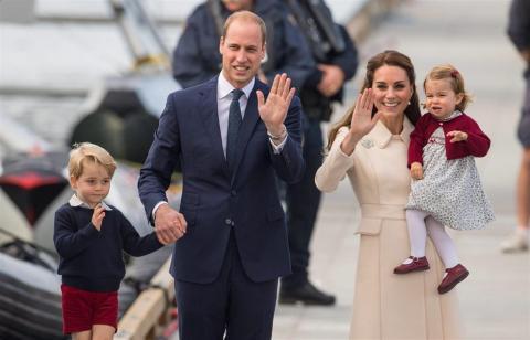 ¿De qué se disfrazó el príncipe George en una obra escolar navideña?