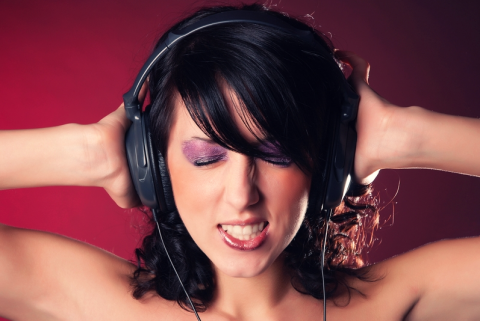 ¿No puedes sacar una canción de tu mente? Con este método lo lograrás