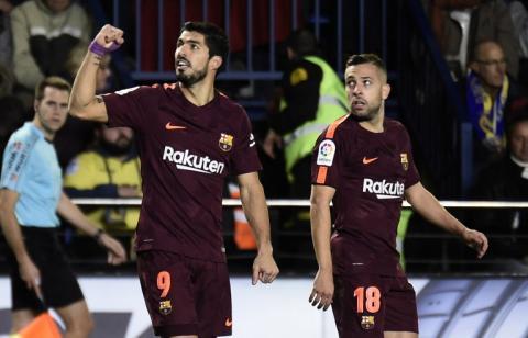 Suárez y Messi le dan la victoria al Barcelona contra el Villarreal