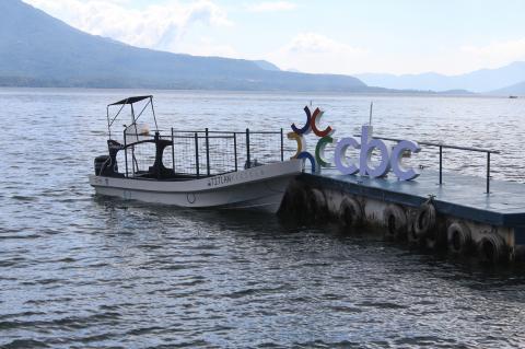 """""""Atitlán Recicla"""" en rescate del Lago"""