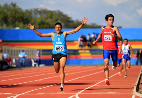 Mario Pacay: de correr con zapatos de hule a campeón centroamericano