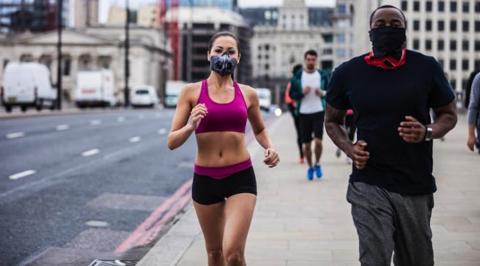 ¿Afecta la contaminación a quienes se ejercitan al aire libre?